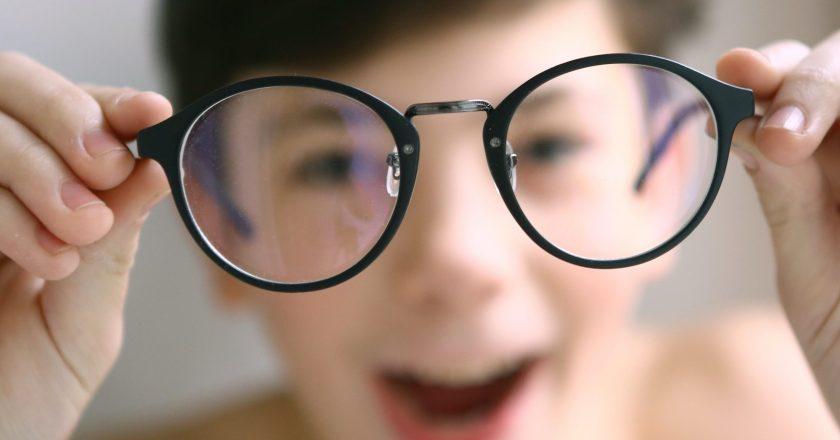 Myopia child glasses kid children International Myopia Institute